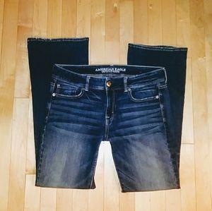✨American Eagle Super Stretch Kick Boot jeans